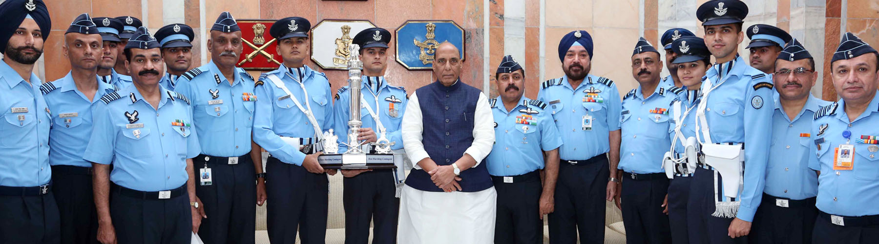 Raksha Mantri Shri Rajnath Singh with the officers of Indian Air Force that was adjudged the best marching contingent among the three Services in Republic Day Parade 2020, in New Delhi on February 24, 2020