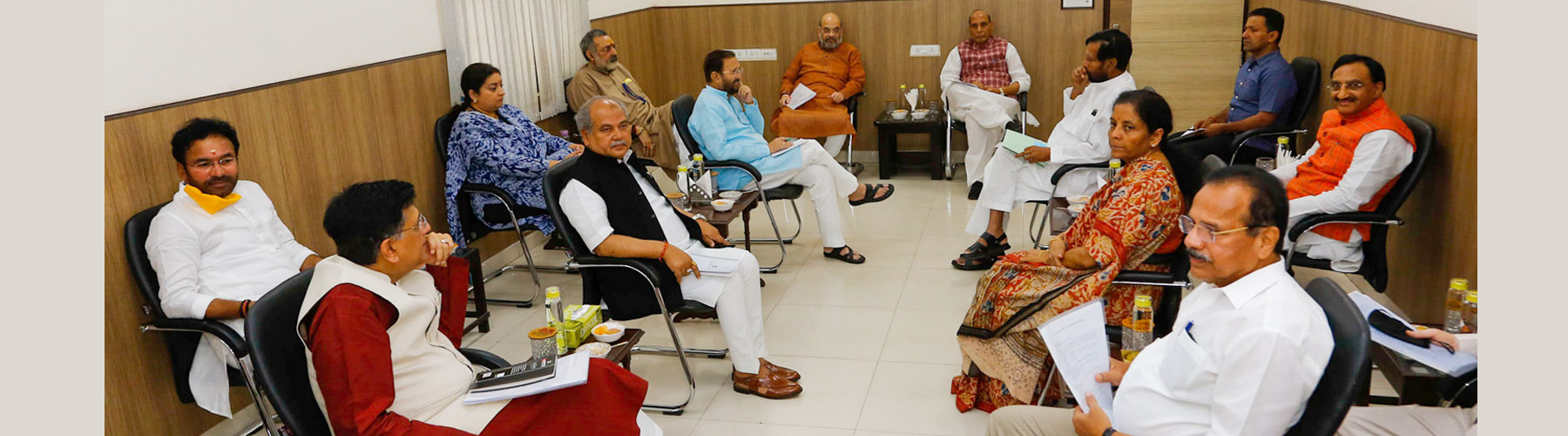 Raksha Mantri Shri Rajnath Singh chairing meeting of Group of Ministers to review measures related to COVID-19 situation, in New Delhi on Tuesday, April 7, 2020.